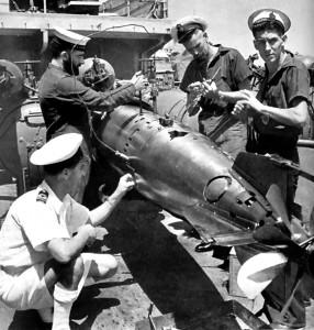 HMNZS Leander torpedo maintenance